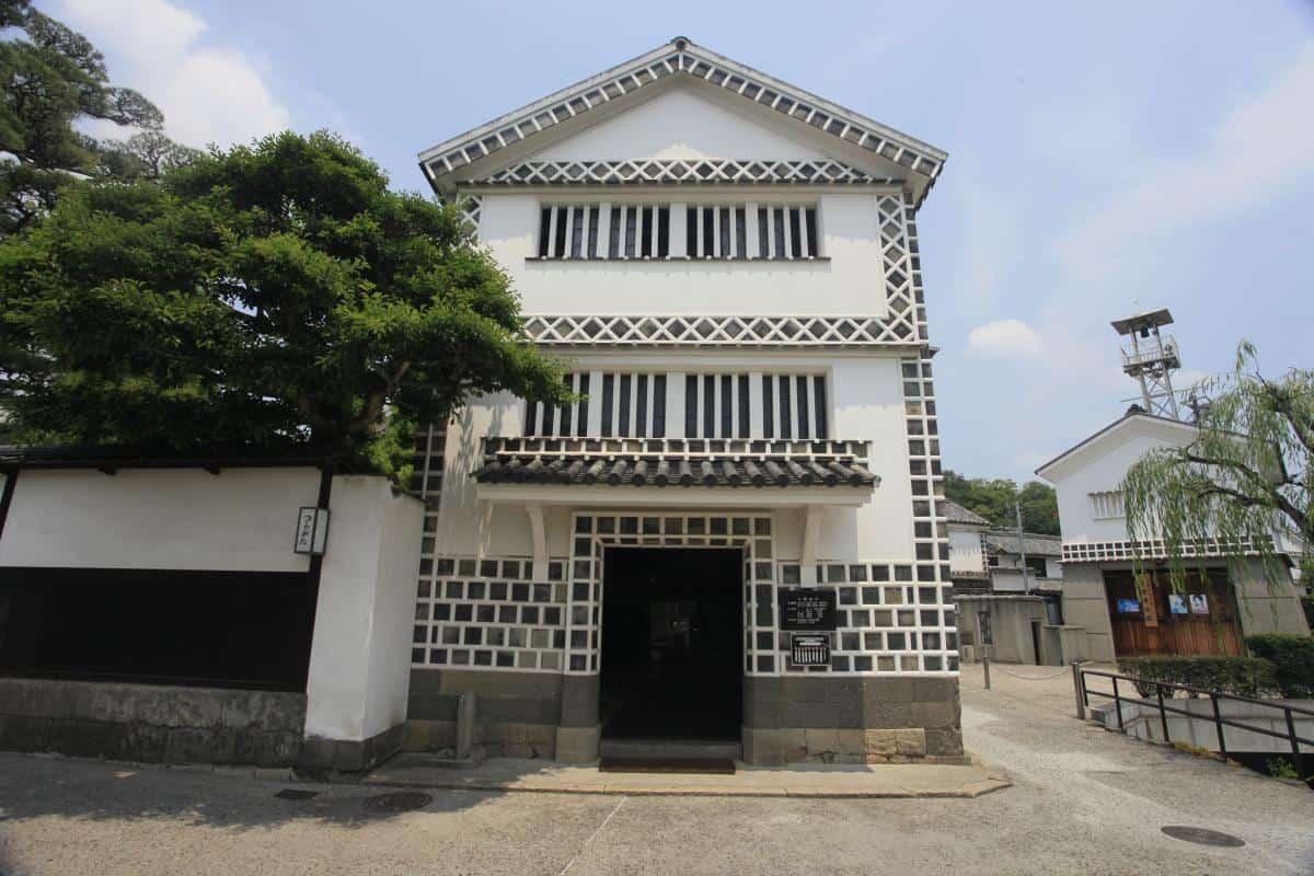 พิพิธภัณฑ์ทางโบราณคดีคุราชิกิ (Kurashiki Archaeological Museum)