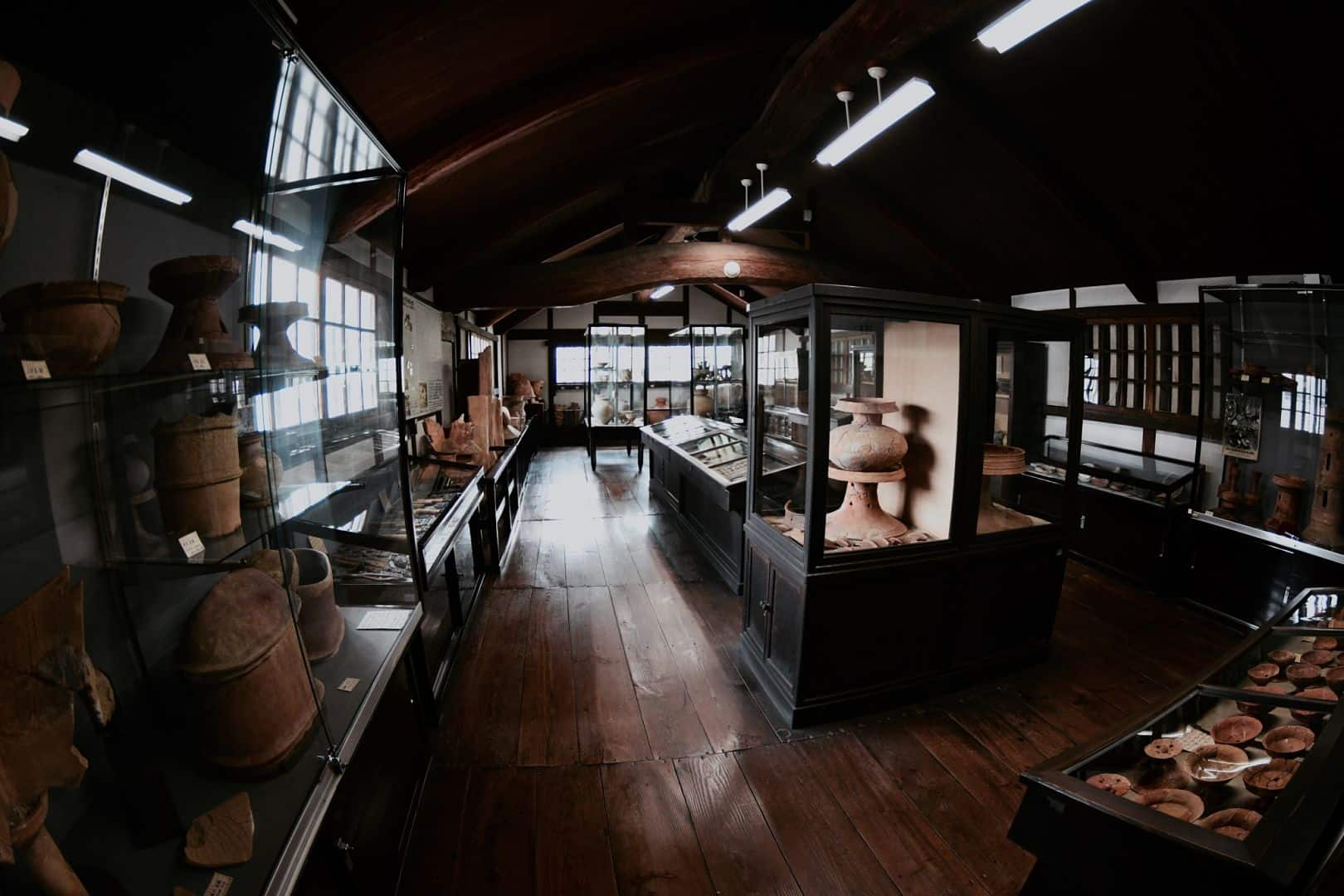 บรรยากาศภายในพิพิธภัณฑ์ทางโบราณคดีคุราชิกิ (Kurashiki Archaeological Museum)