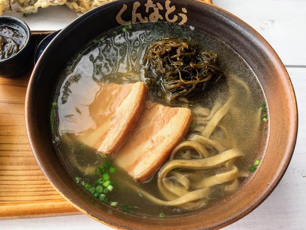 อาหารโอกินาว่า โมซุกุโซบะ