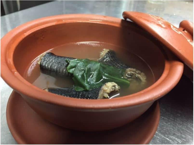 อาหารพื้นเมืองโอกินาว่า ยาคุเซ็นอิราบุเรียวริ (Yakuzen Irabu Ryori)