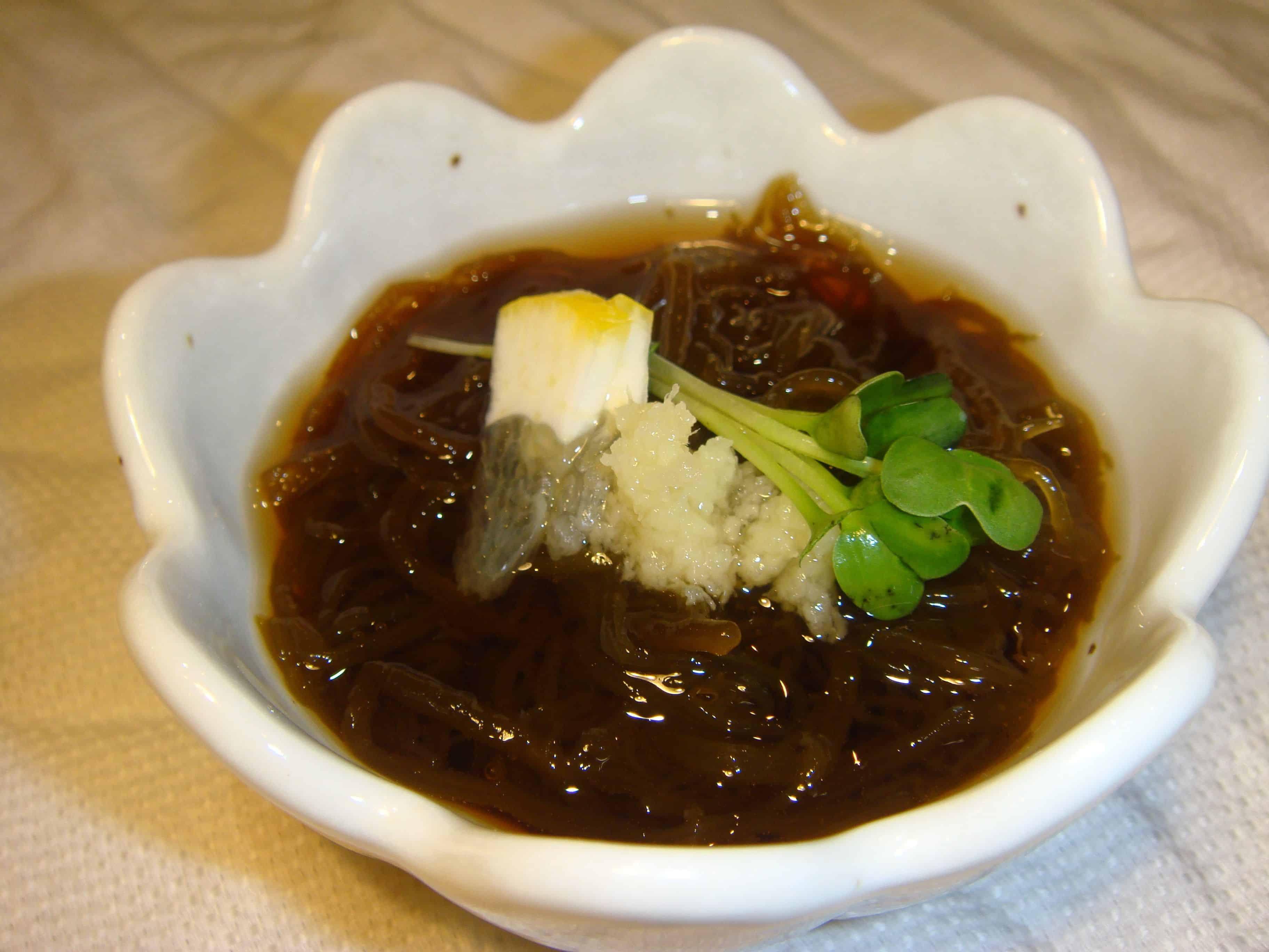 อาหารโอกินาว่า โมซุกุสุ