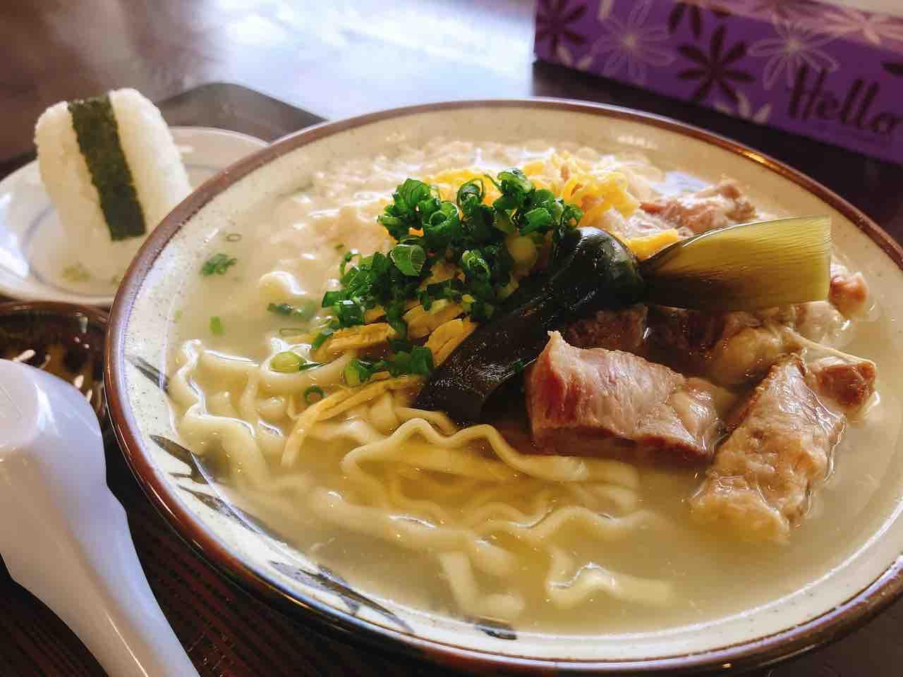 อาหารโอกินาว่า : ยูชิโดฟุโซบะ (Yushidofu Soba)