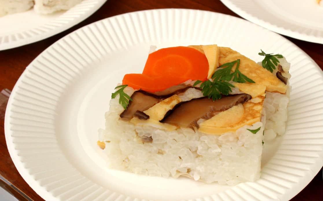 โคเคระ ซูชิ (Kokera Sushi) อาหารพื้นเมืองโคจิ (Kochi)