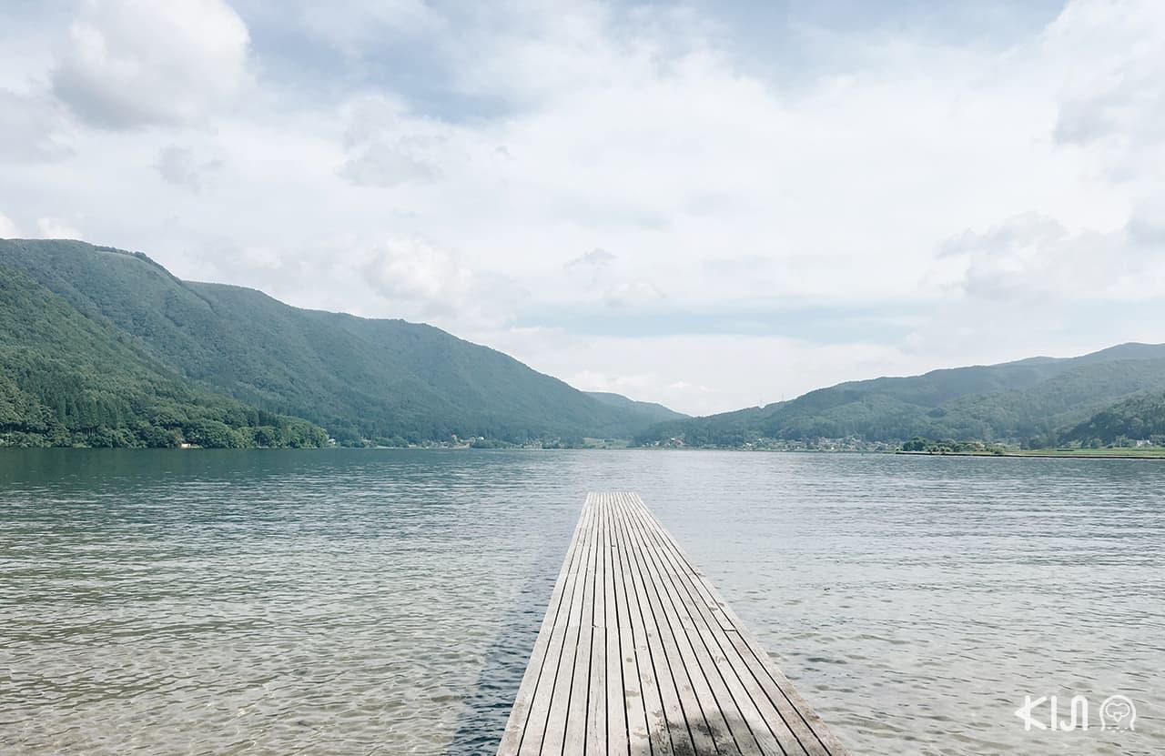 ริมทะเลสาบคิซากิ (Lake Kizaki)