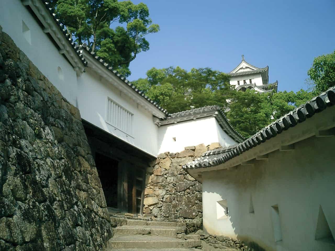 รอบๆ ปราสาทฮิเมจิ (Himeji Castle) เมือง ฮิเมจิ ใกล้กับ อากาชิ และ โกเบ