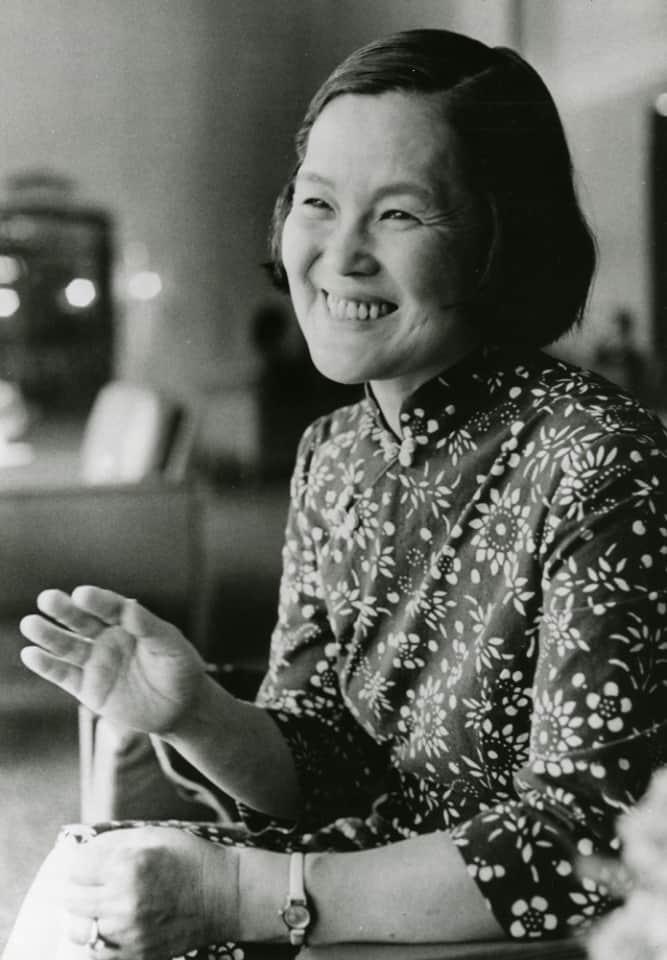 คุณอิวาซากิ จิฮิโระ(Chihiro Iwasaki)