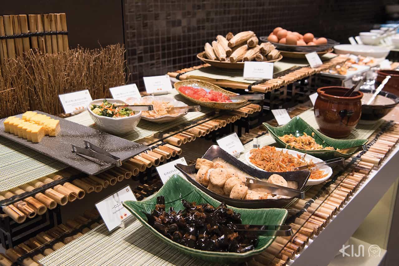 อาหารภายในห้องอาหารเช้าของโรงแรมHotel Metropolitan EdmontTokyo
