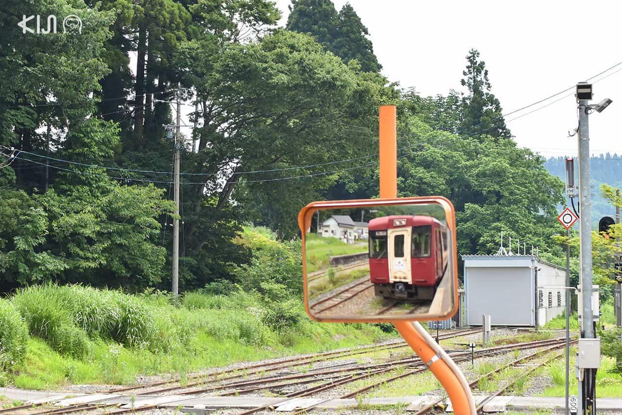 Joyful train : รถไฟ Oykot สถานี Morimiyanohara