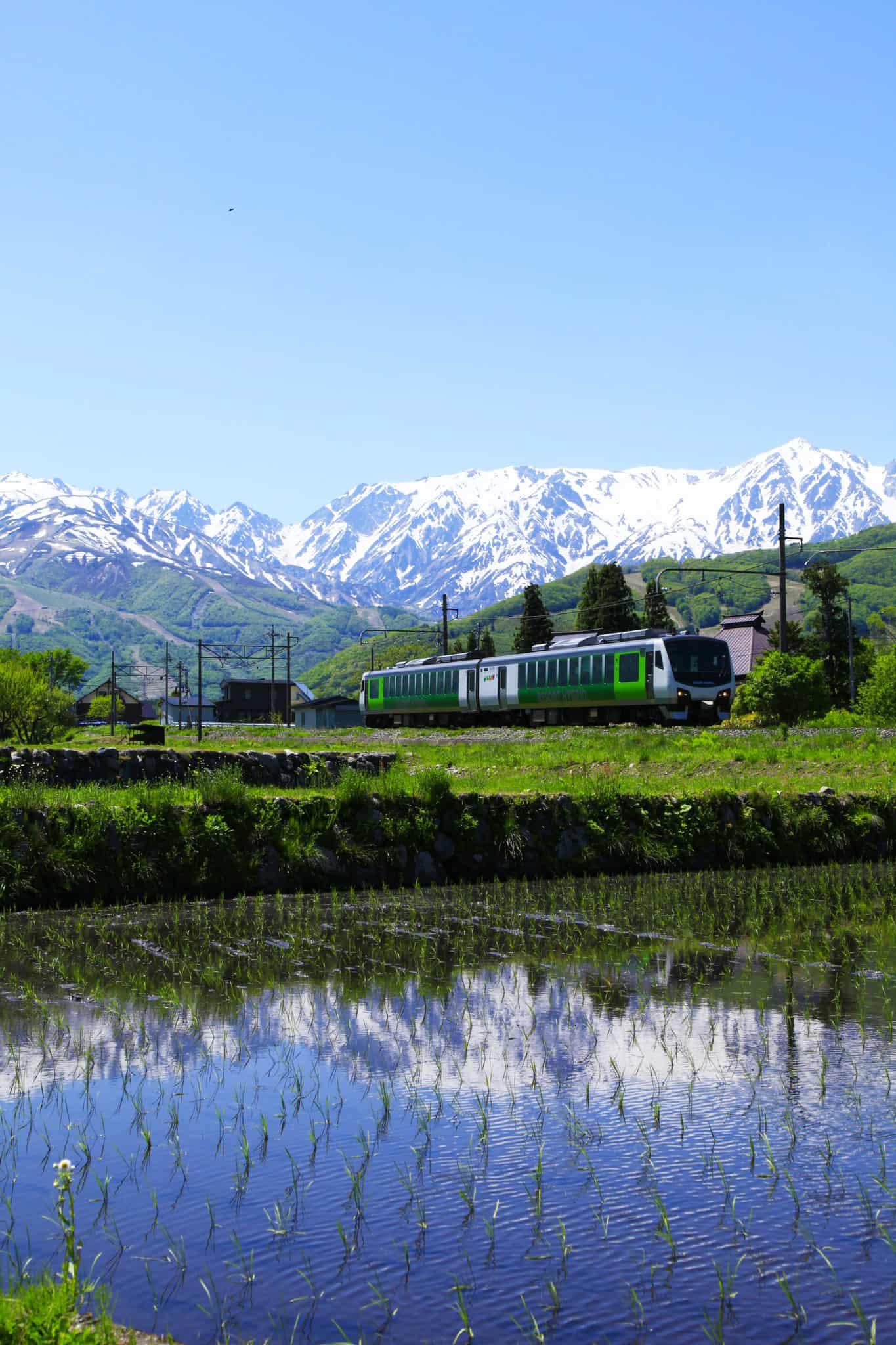 Joyful train - วิวระหว่างสถานี Matsumoto จวบจนถึงสถานี Hakuba