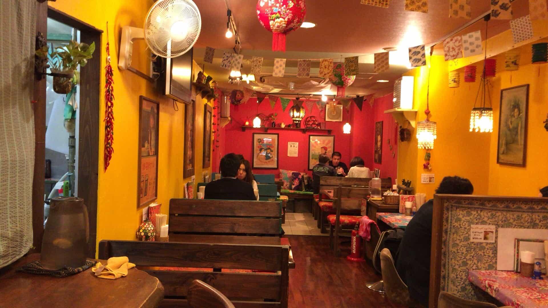 ร้าน ชานมไข่มุก โอซาก้า (Bubble Milk Tea in Osaka) - บรรยากาศภายในร้าน Asian Sobo