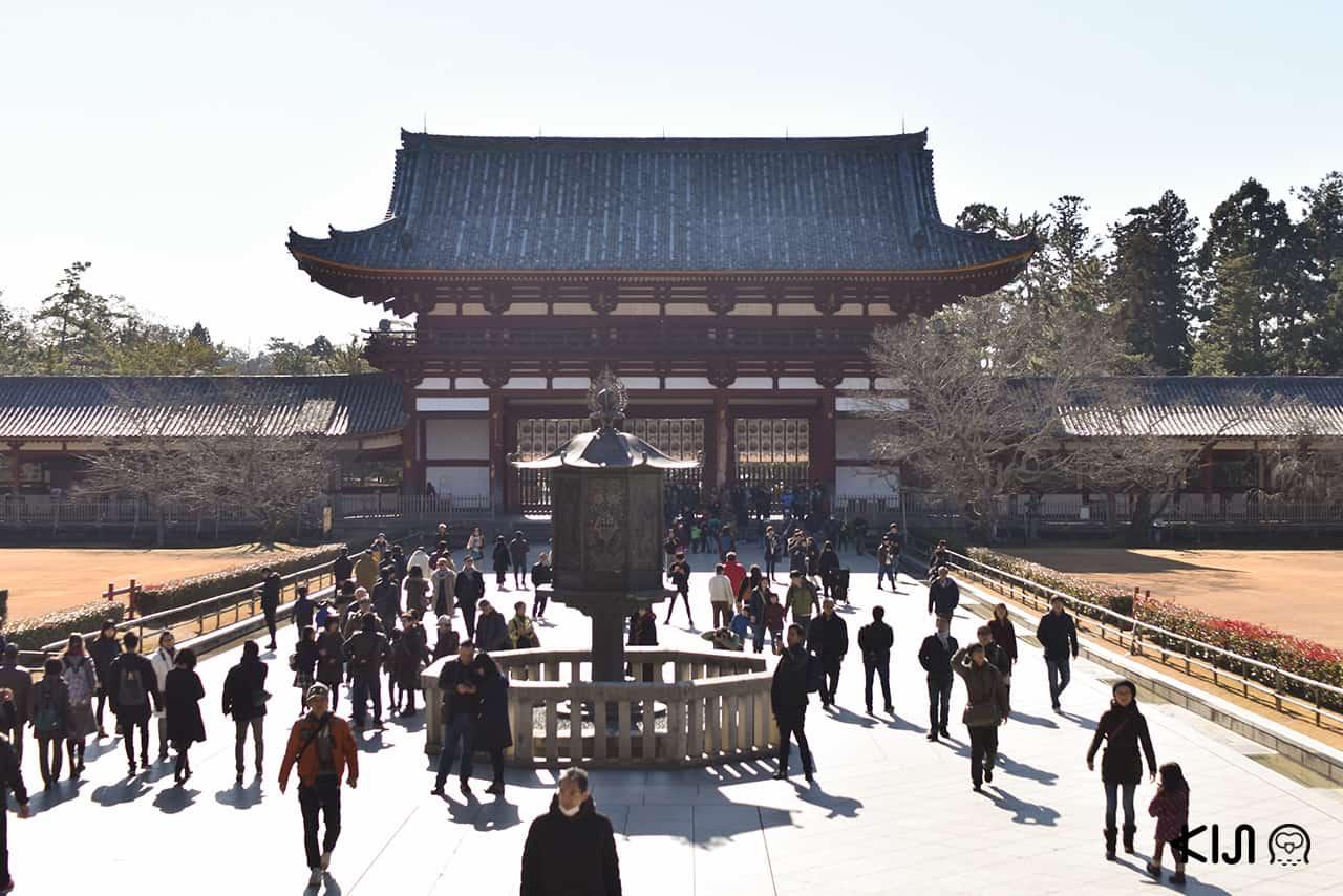 บรรยากาศภายในวัดโทไดจิ (Todaiji Temple)