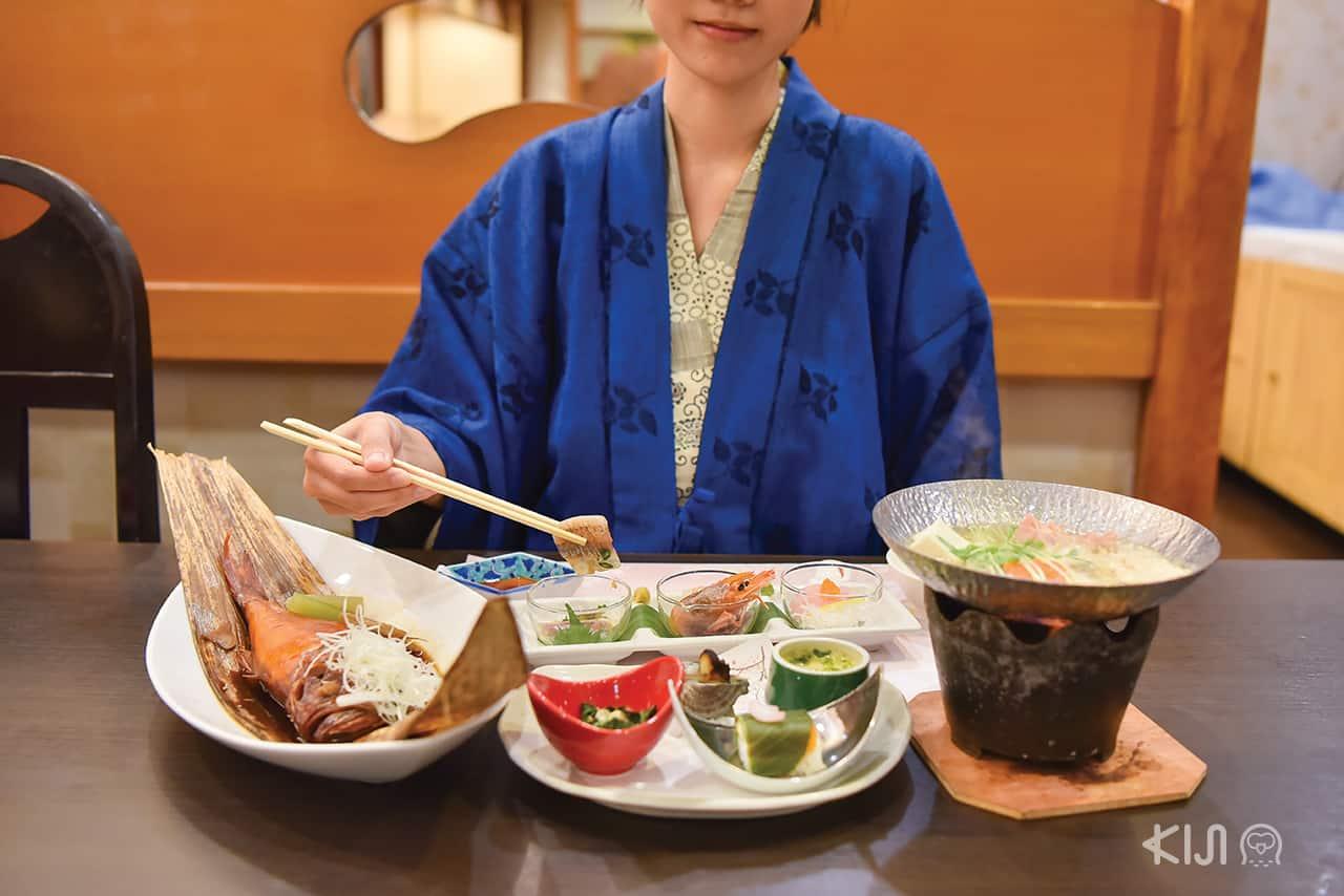 อาหารของโรงแรม Ito Kowakien