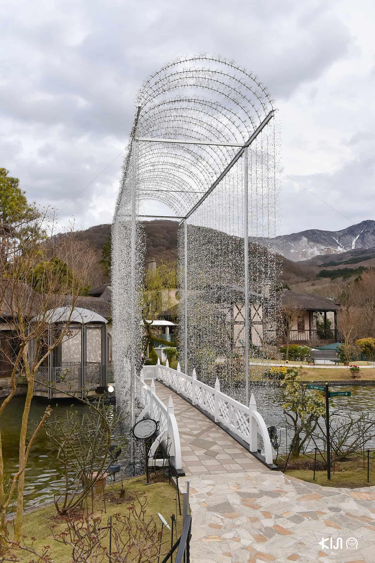 โดมยอดฮิตที่คนนิยมมาถ่ายรูปใน Hakone Venetian Glass Museum