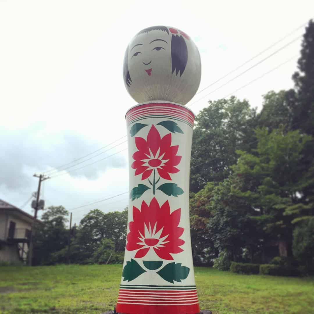 ตุ๊กตาไม้โคเคชิ (Kokeshi) ที่พิพิธภัณฑ์โคเคชิ (Kokeshi Museum)