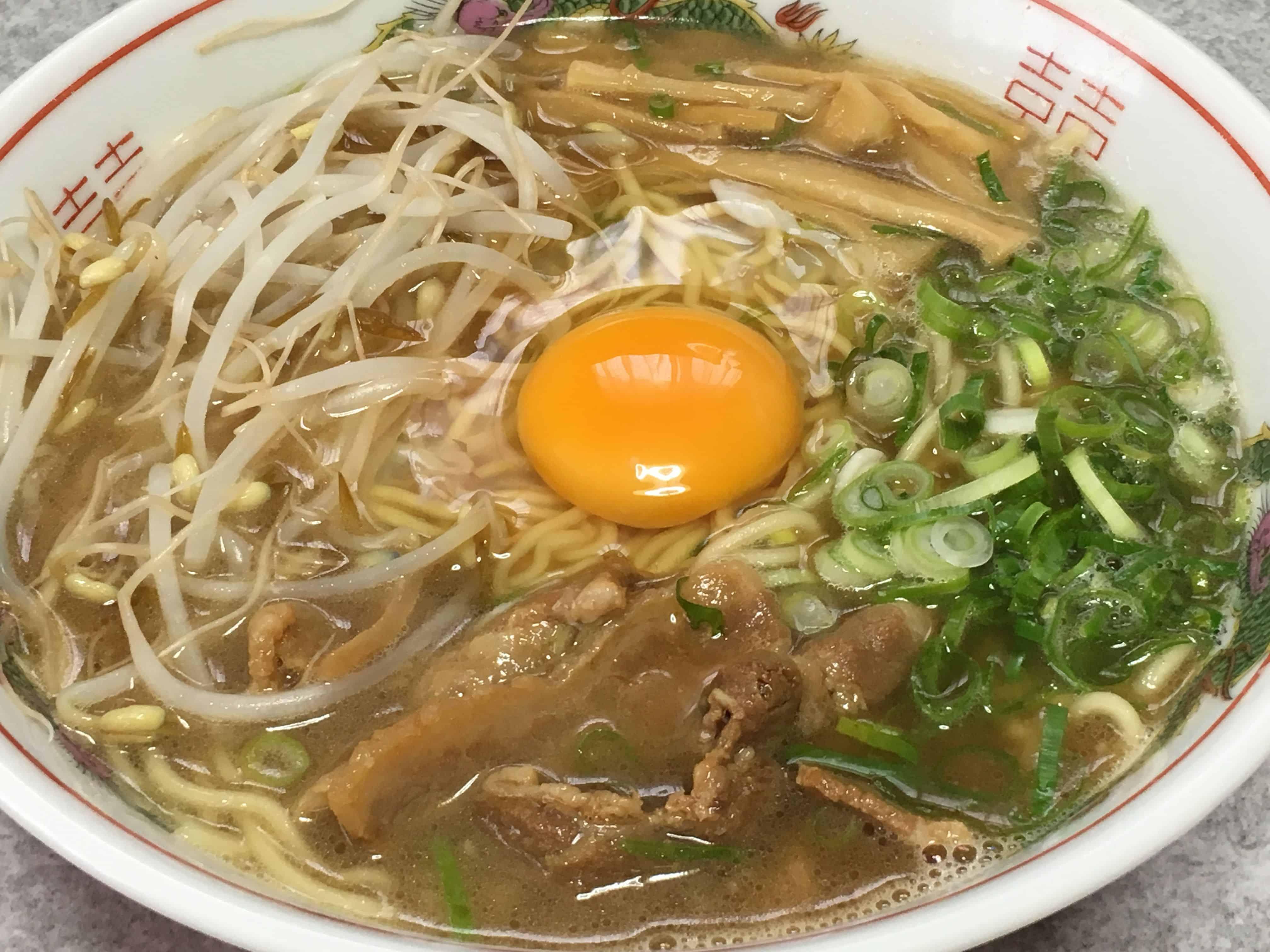 โทคุชิมะราเมน (Tokushima Ramen : 徳島ラーメン) อาหารประจำจังหวัดโทคุชิมะ