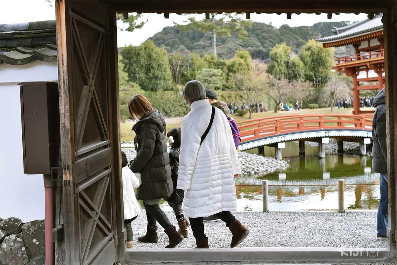 วัดเบียวโดอิน (Byodoin Temple) เกียวโต (Kyoto)
