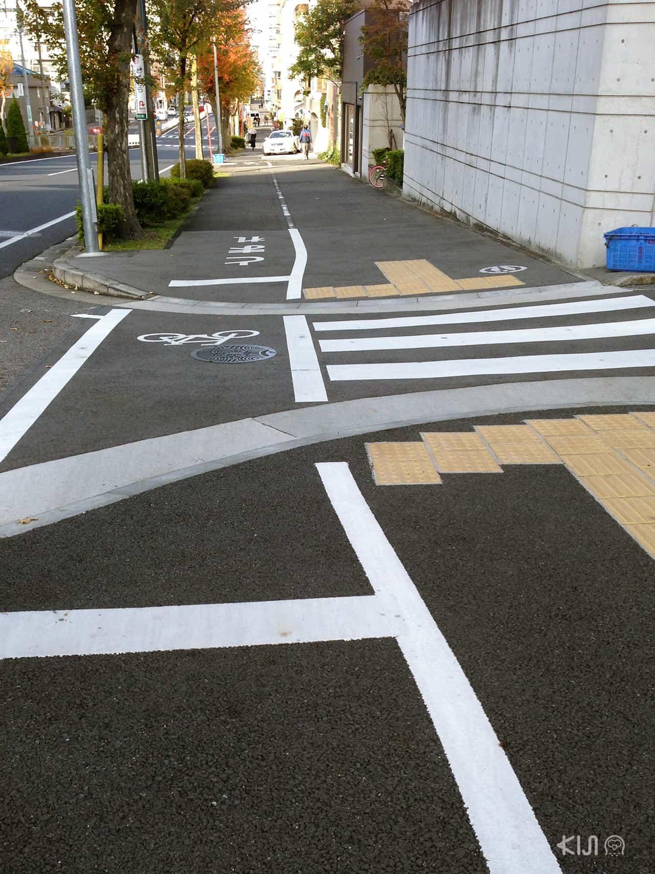 Universal Design ในญี่ปุ่น (japan) - ทางเท้า