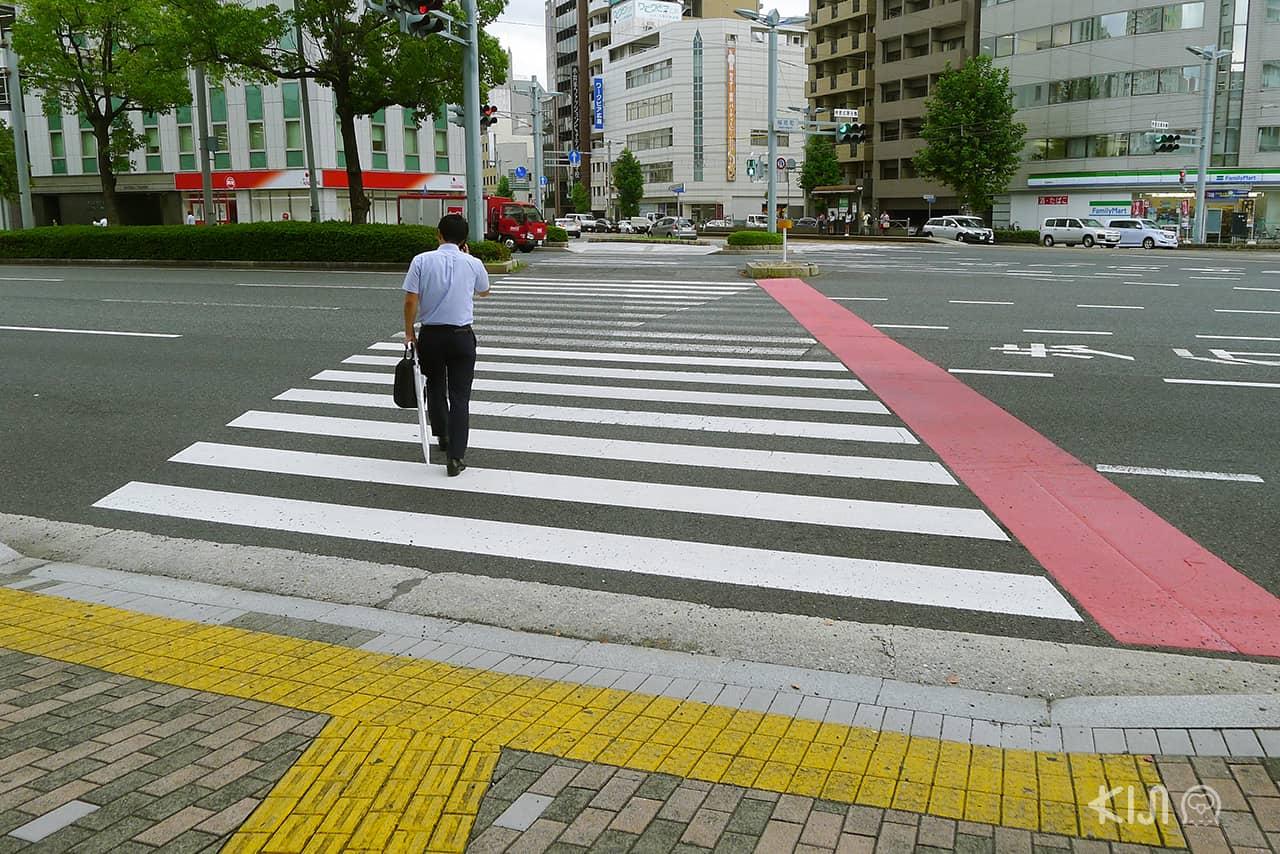 7 เรื่องที่ทำในญี่ปุ่นได้ง่าย : ข้ามถนนง่ายมาก