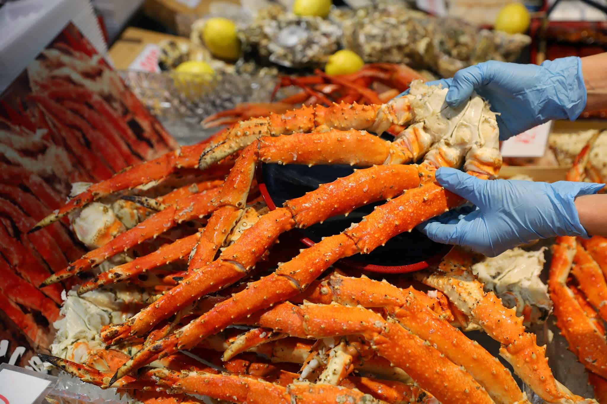 ตลาดคุโรมง Kromonfish market โอซาก้า