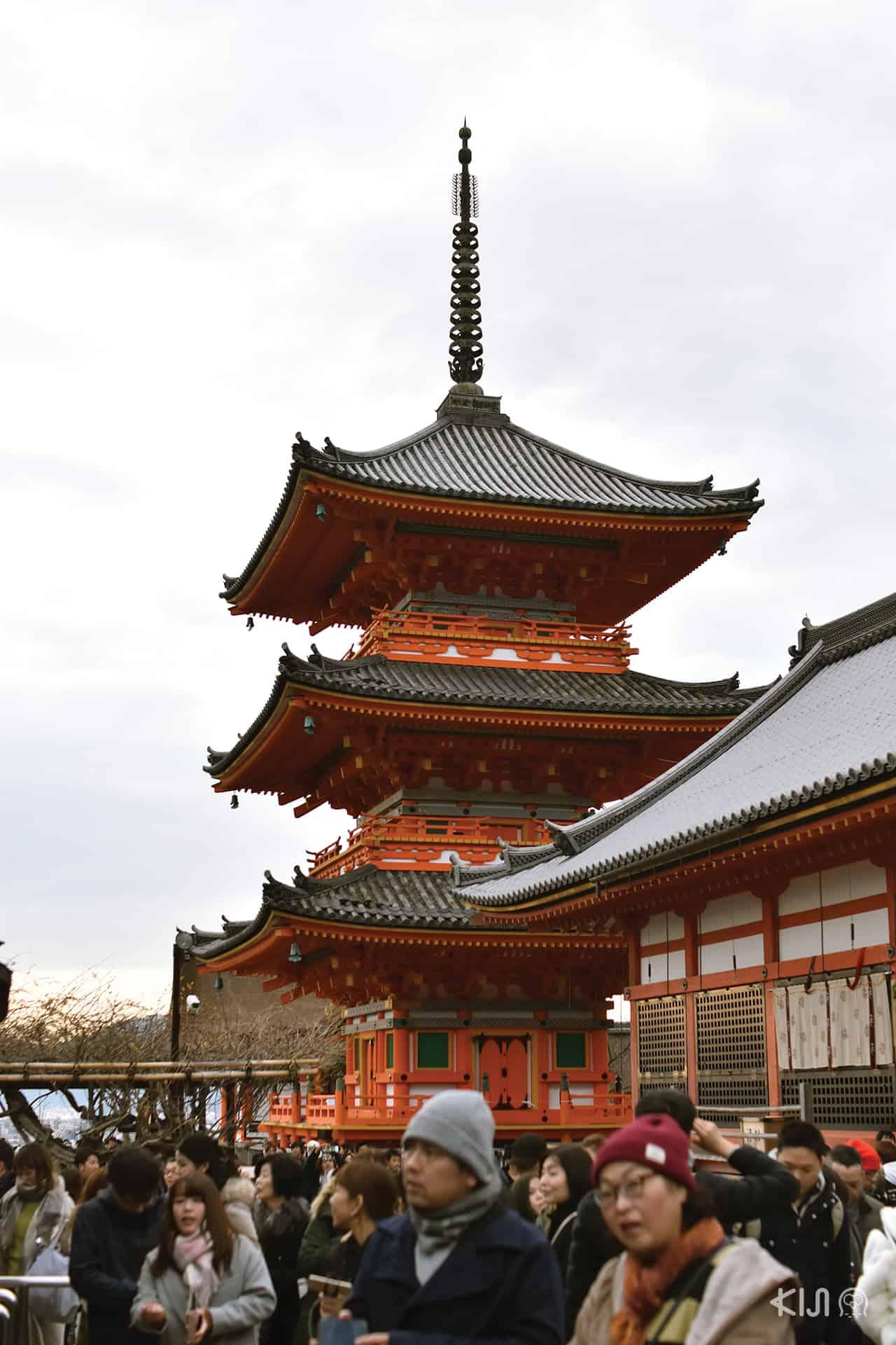 วัดคิโยมิสึ วัดน้ำใส เกียวโต ปีใหม่