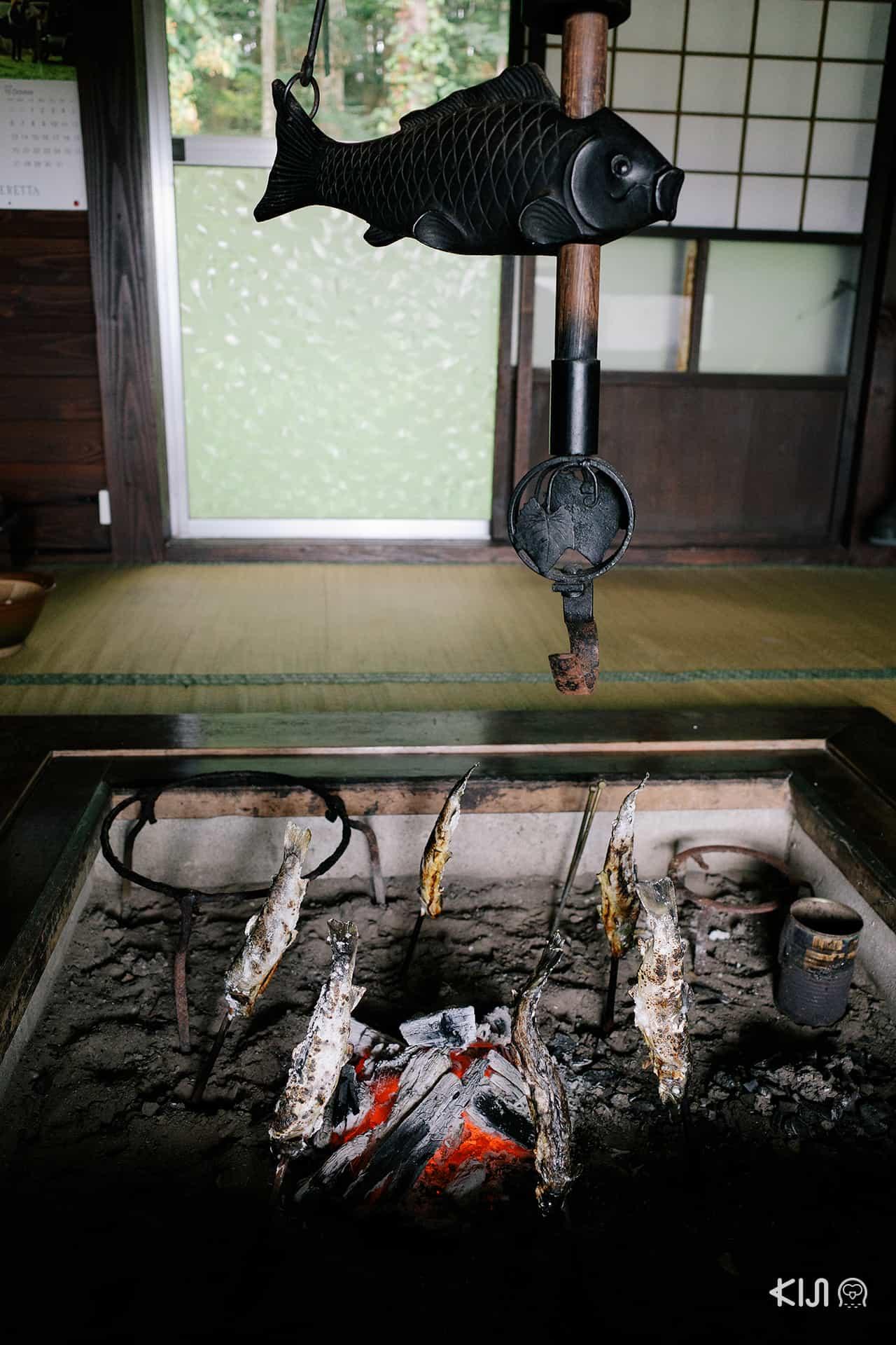 ปลาอายุย่าง Kamado Farmstay , Akita
