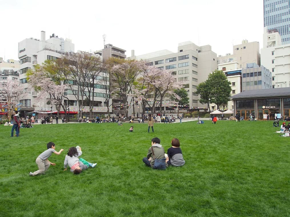 Pocket Park in Tokyo (โตเกียว)