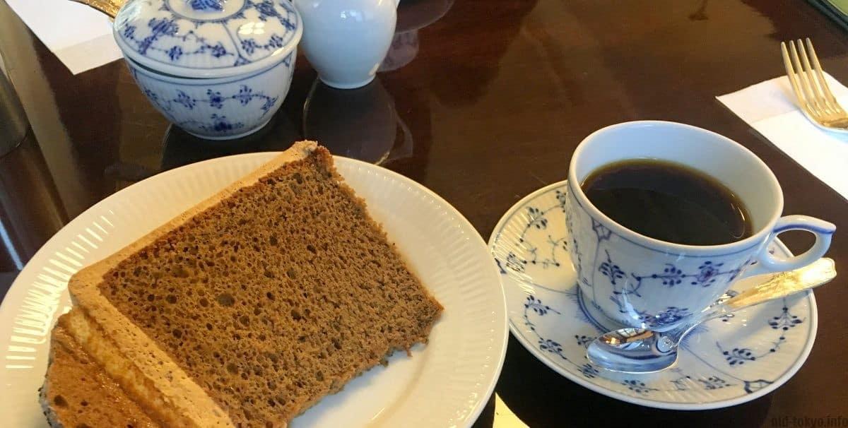 คาเฟ่ ย้อนยุค โตเกียว - Tsubakiya Coffee