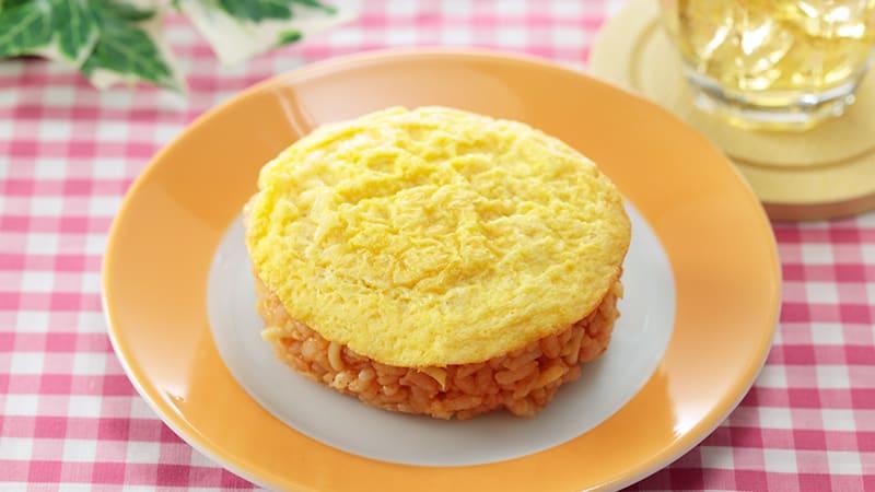 LAWSON STORE ข้าวคลุกซอสมะเขือเทศน่าลิ้มลองโปะด้วยไข่เจียว