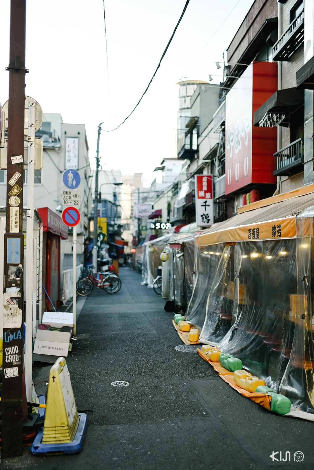 เที่ยว อาซากุสะ - ถนนฮ็อปปี้ (Hoppy Street)