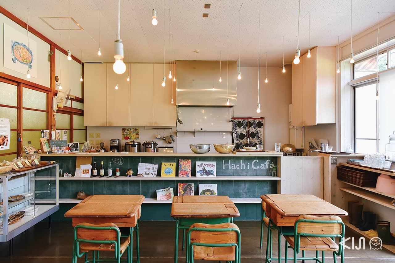 คาเฟ่ นีงาตะ (Niigata) - Hachi Café