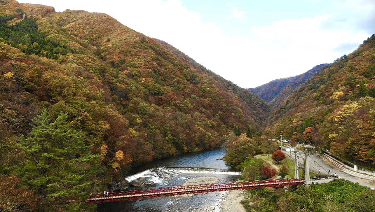 หุบเขาดาคิกาเอริ (Dakigaeri Gorge)
