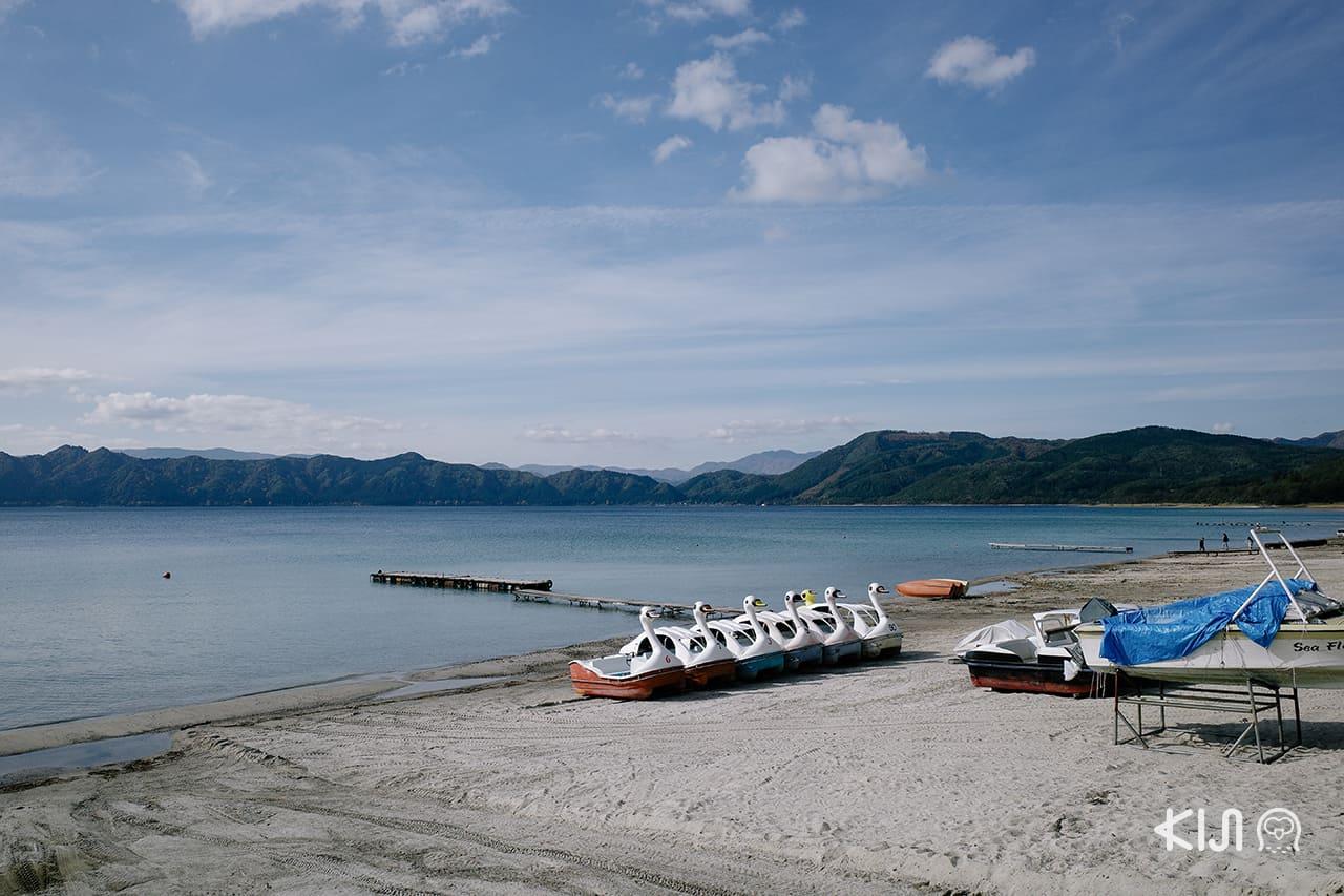 ริมทะเลสาบทาซาวะ (Lake Tazawa)