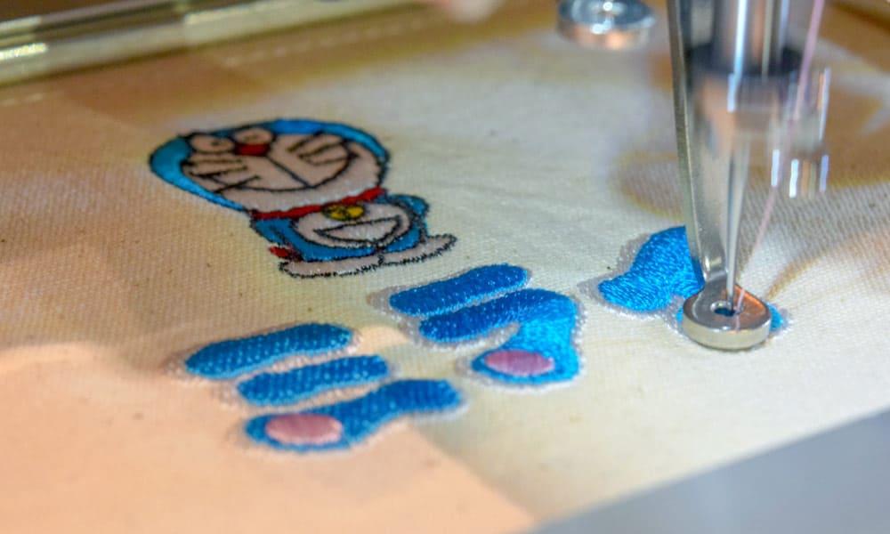 Doraemon Future Department Store สามารถปักชื่อได้อีกด้วย