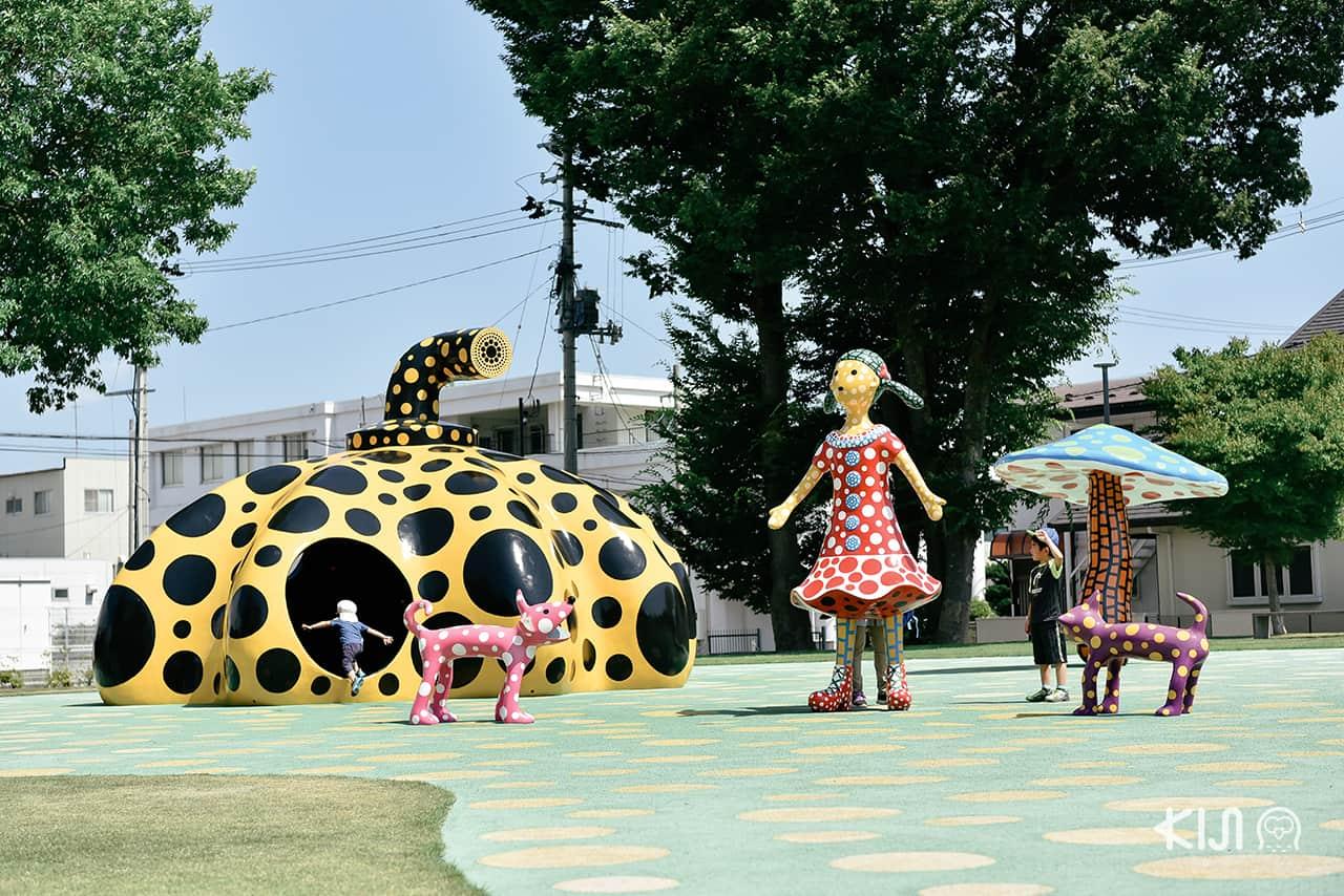 งานศิลปะที่ Towada Art Center จ.อาโอโมริ (Aomori)