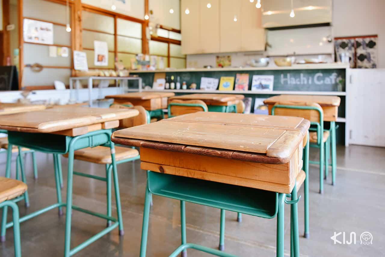 Hachi Café in Nagiita
