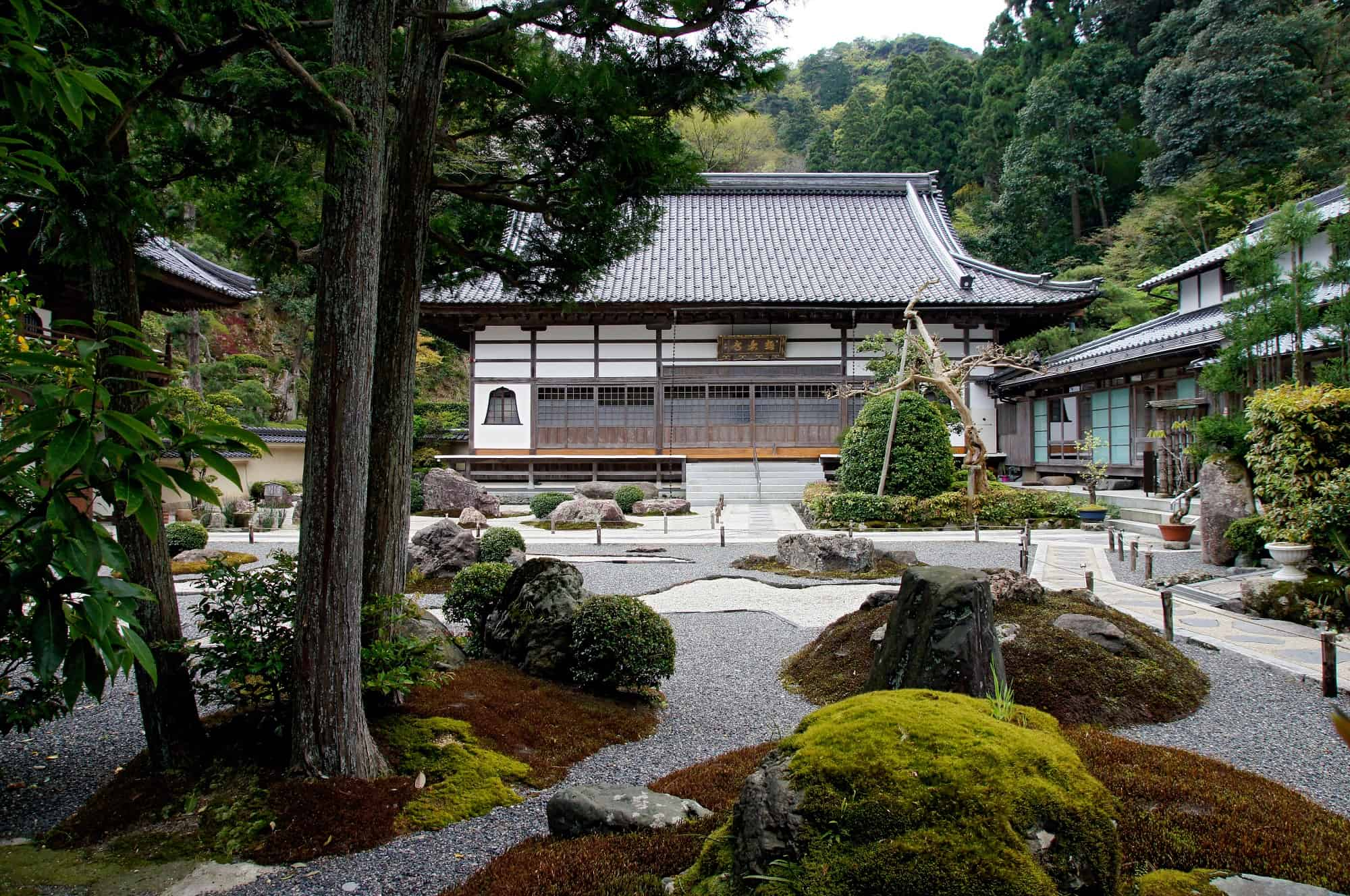 วัดโกคุราคุจิ (Gokurakuji Temple) คิโนะซากิออนเซ็น