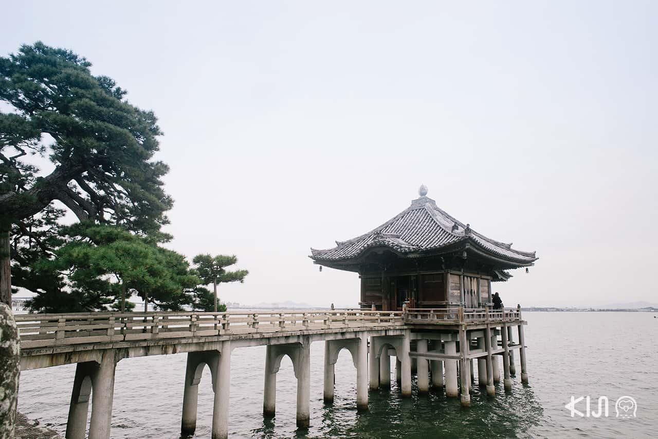 เที่ยว โอตสึ (Otsu) : Ukimido (Kaimonzan Mangetsuji Temple)