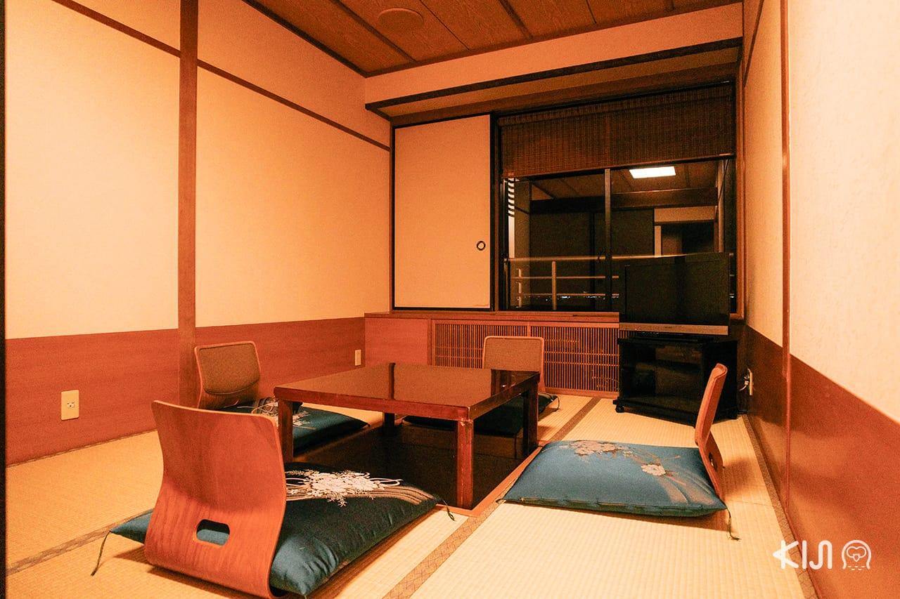 Biwako Grand Hotel โรงแรมในเมืองโอตสึ (Otsu) ชิกะ (Shiga)