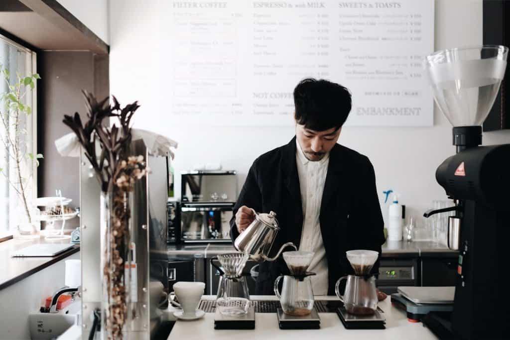 ร้านกาแฟในโอซาก้า - EMBANKMENT Coffee