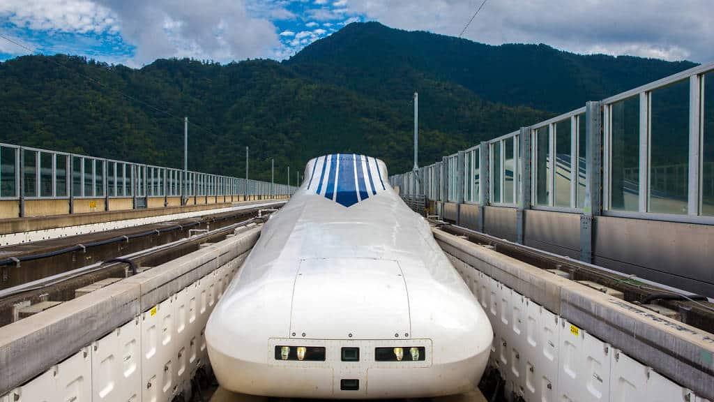รถไฟ ชินคันเซ็น (Shinkansen) จาก โตเกียว ไป โอซาก้า ปี 2037