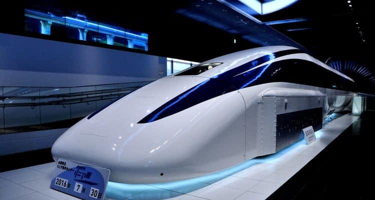 ชินคันเซ็น (Shinkansen) ขบวนใหม่ที่วิ่งจาก โตเกียว ไป นาโกย่า และ โอซาก้า