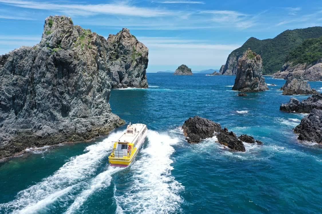 เกาะโอมิ (Omi Island)