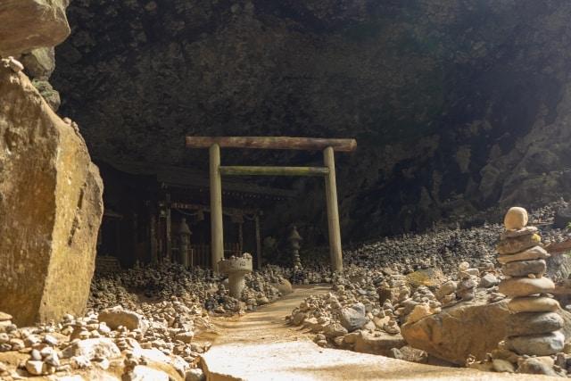 เที่ยว มิยาซากิ (Miyazaki) : Amanoiwato Shrine