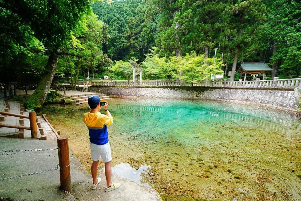 บ่อน้ำเบปปุเบนเท็น (Beppu Benten Pond)