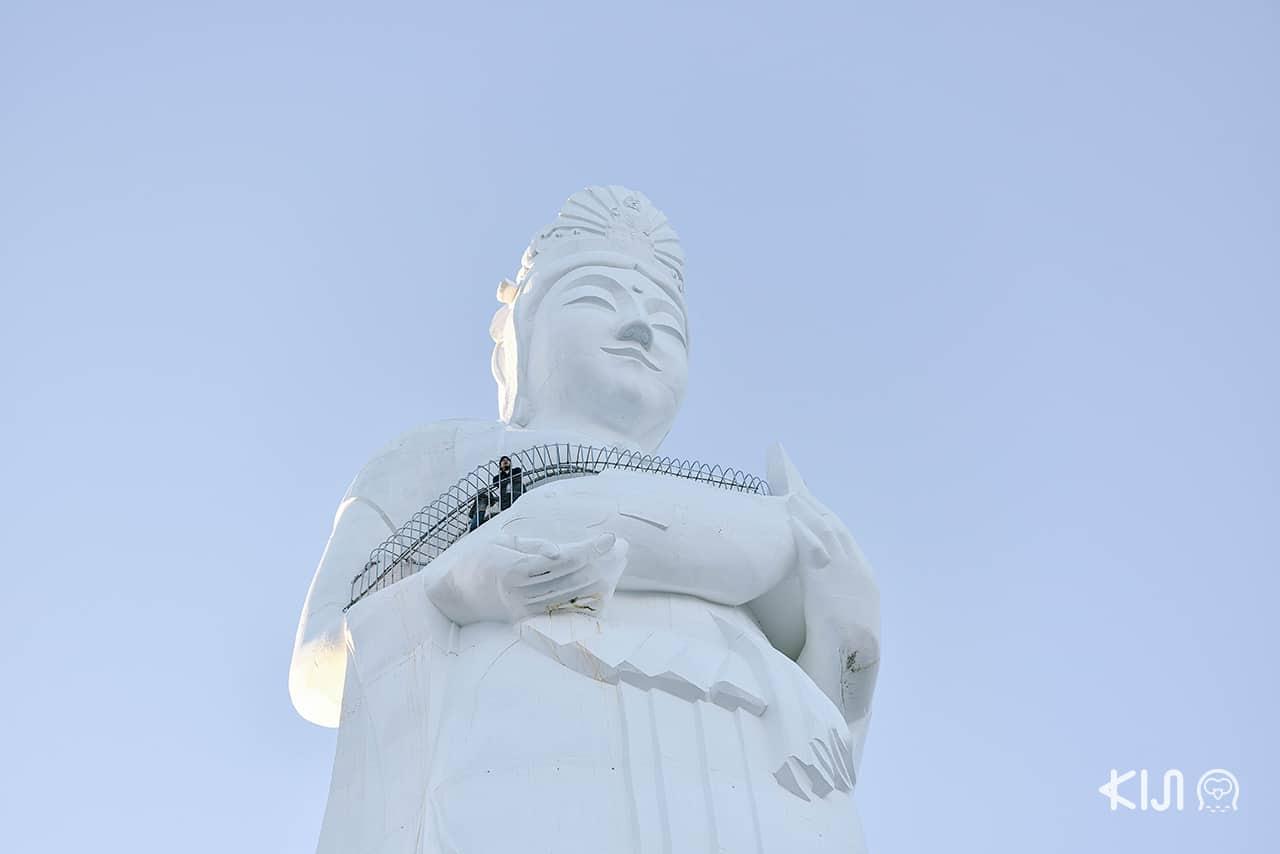 ไหว้เจ้าแม่กวนอิม ที่ Kamaishi Daikannon Temple