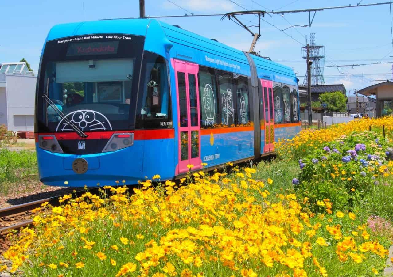 รถราง ใน ญี่ปุ่น : รถรางโดราเอม่อน / Manyosen (Doraemon Tram)