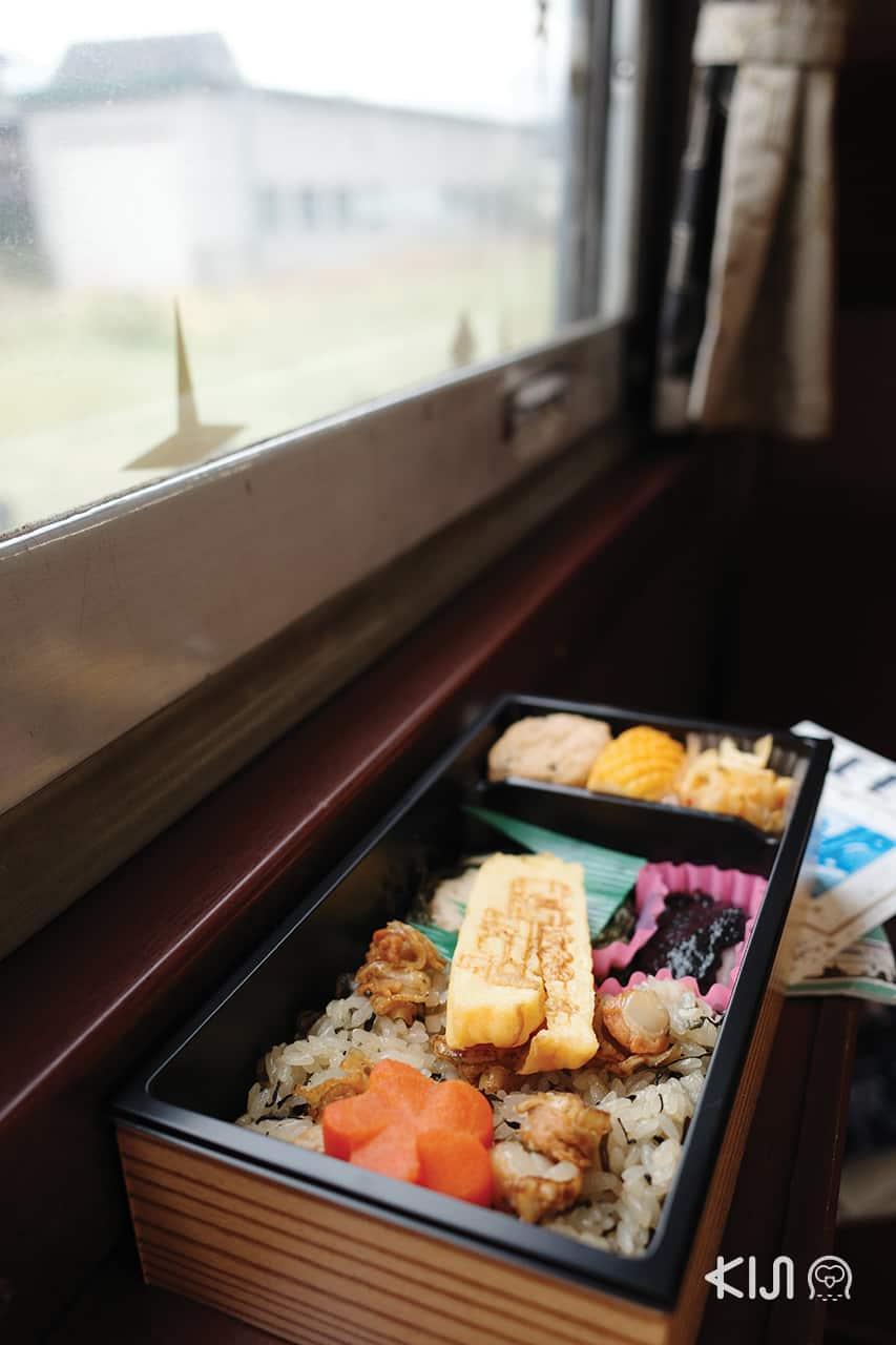 ข้าวกล่องบนรถไฟ SL GINGA
