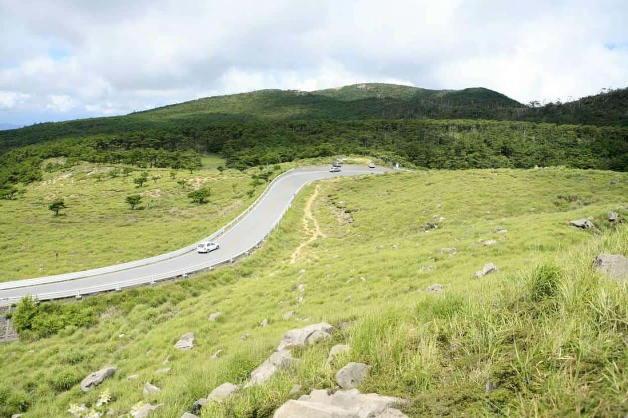 ที่เที่ยว มิยาซากิ (Miyazaki) : ที่ราบสูงเอบิโนะ (Ebino Plateau)
