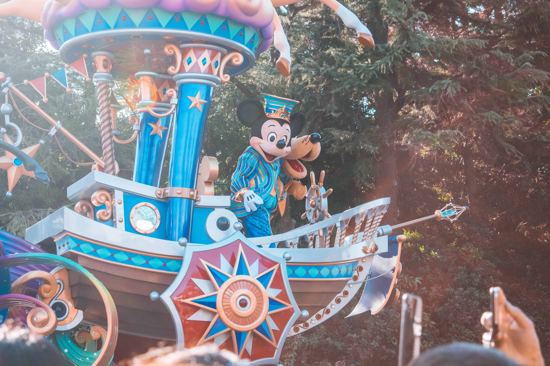 Tokyo Disneyland และ Tokyo DisneySea ปิดให้บริการ