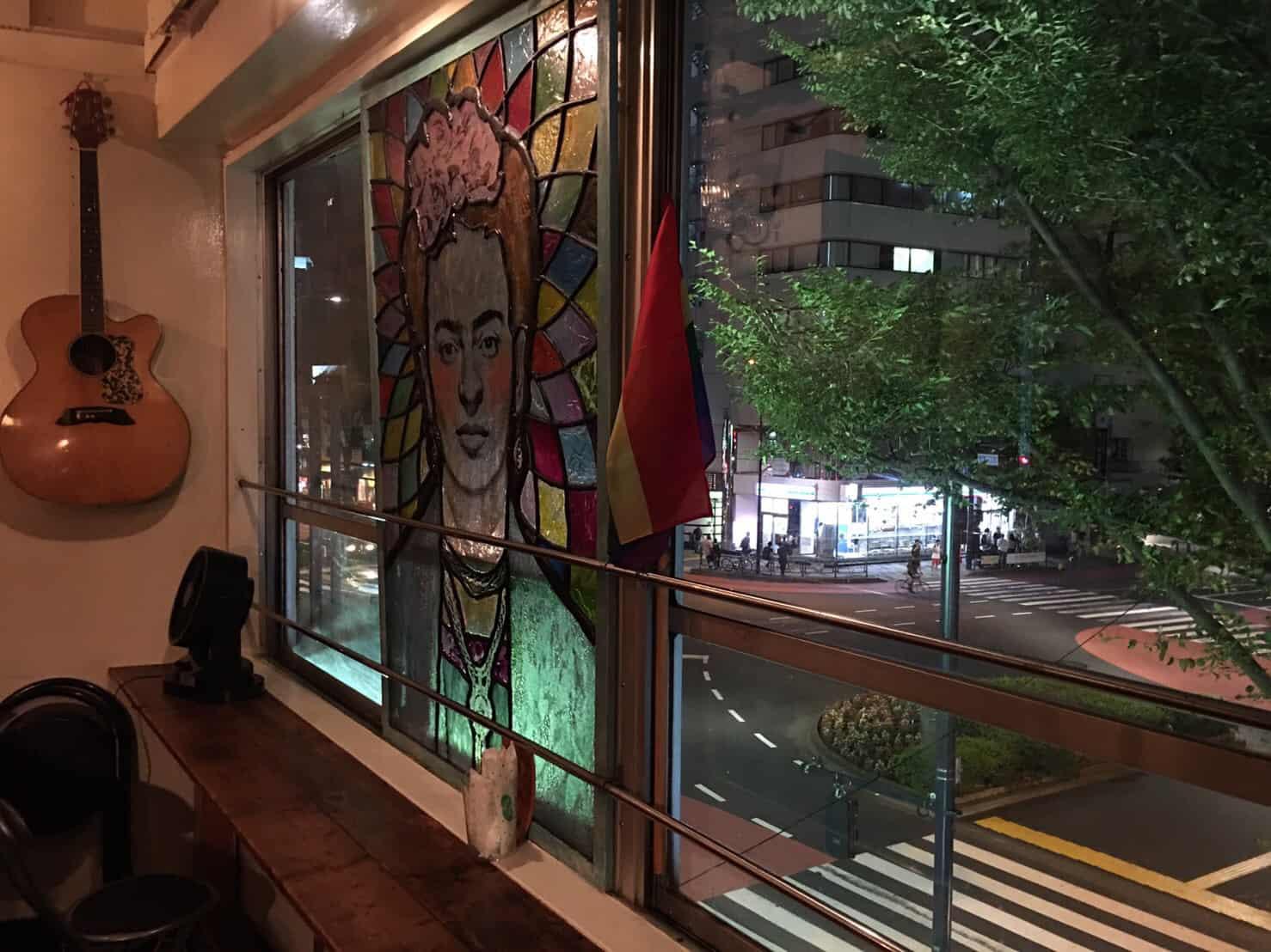 LGBT คาเฟ่ ใน โตเกียว : Rainbow Burritos Doumo